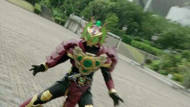 Kamen Rider Gaim Eps. 42.mkv_snapshot_19.42_[2014.08.27_03.36.07]